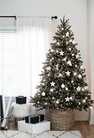 Easy Christmas Tree Decorations Best 25 White Christmas Tree Decorations Ideas On Pinterest