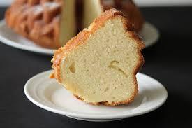 moist delicious sour cream pound cake kirbie u0027s cravings