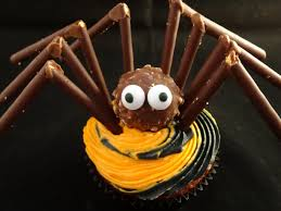 chocolate halloween cakes decorating cupcakes with yoyomax12 122 halloween spider youtube