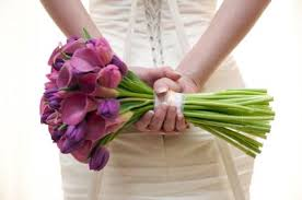 wedding flowers tulips how to make your own bridal bouquet lovetoknow