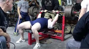 Raw Bench Press Program Powerlifting Bench Press Workout Jay Cutler Bodybuilder Doing 405