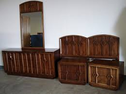 mid century modern bedroom furniture sets with decorative hand