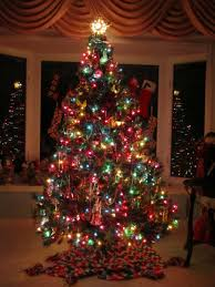 decoration ideas traditional tree with colorful lights