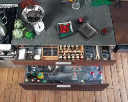 tiroirs de cuisine les rangements en cuisine indispensables tiroirs inspiration