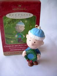 amazon com qrp4191 charlie brown a snoopy christmas 2000 hallmark