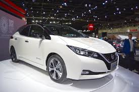 nissan leaf 2017 2018 nissan leaf front three quarters at the 2017 dubai motor show