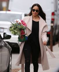 Meghan Markle Toronto Home by Meghan Markle Shopping For Flowers In Toronto