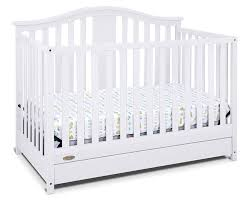 Convertible Crib Reviews Graco Solano 4 In 1 Convertible Crib With Drawer