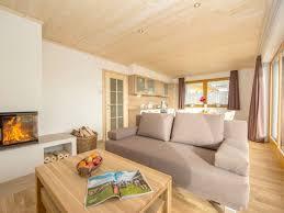 kamin im wohnzimmer bis zur mitte kamin als trennwand home design