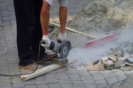 How To Cut Patio Pavers 5 Easy Steps In Cutting Pavers Around Accurately