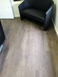 Vinyl Plank Flooring Pros And Cons Lay Vinyl Plank Flooring Pros Cons And Reviews In