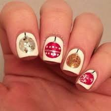cute nail art and not using traditional christmas colors either