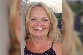 woman flung from golf cart dies after landing on broken wine