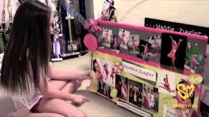 Chloe Lukasiak Bedroom Chloe Lukasiak Younow September 8 Mp4 Flv Mkv Download Hd9us