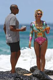 Jay Z Pool Meme - beyonce and jay z are on vacation in hawaii and the photos are