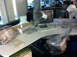 Office Desk Prank 15 Hilarious Office Pranks To Pull On Your Work Buddies Viral