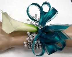 corsage and boutonniere for homecoming start planning for prom now 4 flower corsage and boutonniere ideas