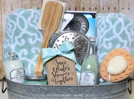 bathroom gift ideas shower themed diy wedding gift basket idea thecraftpatchblog com