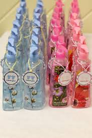 baby shower party favors giveaways for baby shower best 25 ba shower party favors ideas on
