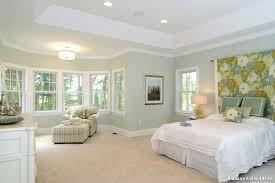 chambre color hallway color ideas with classique chambre décoration de la maison