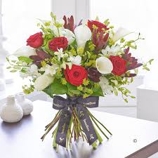 Calla Lily Flower Delivery - luxury flowers red rose u0026 calla lily handtied isle of wight