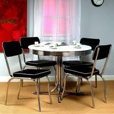 Diner Style Kitchen Table by Best 25 Retro Dining Rooms Ideas On Pinterest Retro Dining