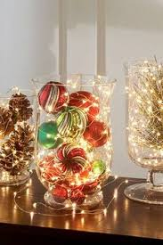 christmas table centerpiece 11 simple last minute centerpiece ideas apartment therapy