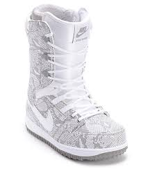 womens boots nike womens vapen white snowboard boots