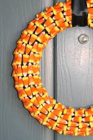 gummy thanksgiving wreath ideas with yellow orange tones