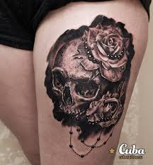 thigh with skull flower design golfian com