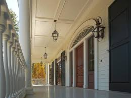 Southern Plantation Decorating Style Popular Home Styles In South Carolina Hgtv