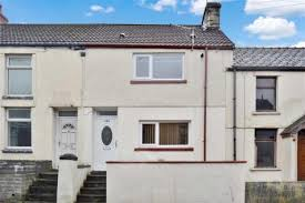 2 Bedroom Homes 2 Bedroom Houses For Sale In Aberdare Rightmove