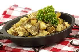 cuisiner pomme de terre nouvelle recette pommes de terre nouvelles forestière