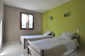 chambre en et gris chambre gris et vert envoûtant chambre vert et gris idées