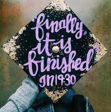 The Best Graduation Cap Ideas for 2018 Grads