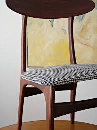 How To Upholster A Dining Chair How To Reupholster Dining Chairs Diy Houndstooth Upholstered