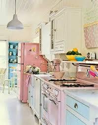 vintage küche süße möbelstücke in einer vintage küche