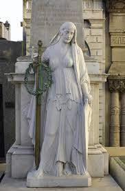 cemetery statues file recoleta cemetery statue cross 24 jpg wikimedia commons