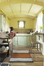 Tinyhousecottages Best 25 Shepherds Hut Holidays Ideas On Pinterest Caravan