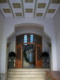 Decorating The Entrance To Your Home Decorating An Entrance Hall Or Vestibule