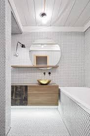 Installing Bathroom Mirror by Best 20 Mosaic Bathroom Ideas On Pinterest Bathrooms Family