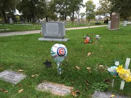 Chicago Cubs Flags Cubs Fans Decorate Grave Sites Of Loved Ones Across Chicago Area