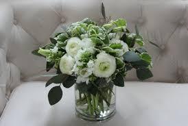 white flower centerpieces stunning white flower arrangement ideas 40 for wedding