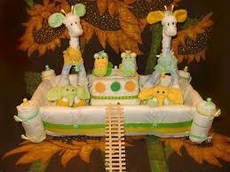 Noah S Ark Decorations Critter 43 1 Jpg 640 480 Pixels Diaper Cake Animals Pinterest