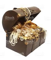 treasure chest stock photo 182775309 istock