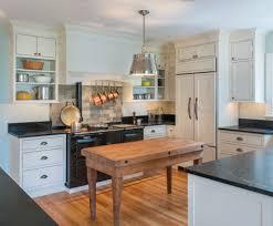 plan de travail arrondi cuisine cuisine plan de travail arrondi cuisine avec violet couleur plan