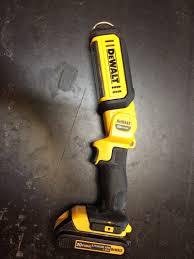 dewalt 20v area light dewalt dcl050 20v max led hand held area light daily dose tools
