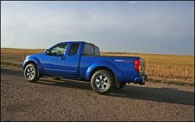 lifted silver nissan frontier 2018 nissan frontier 4x4 lift kit blue color automotive car news