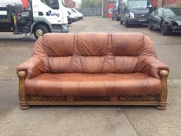 Cow Leather Sofa Stunning Quality Brown Cow Hide Leather Sofa With Oak