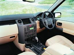land rover discovery interior buying used land rover discovery 3 4x4 magazine
